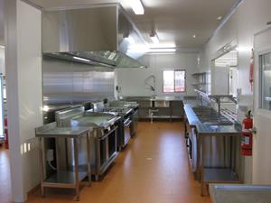 21x12 Kitchen Diner 100 Person Expandable up to 200 Person 003